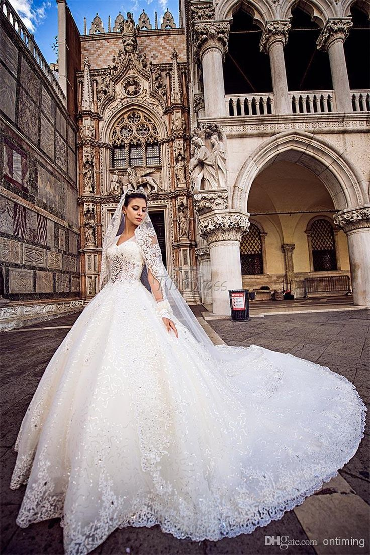 LK Most Luxurious Dazzling Crystal Ball Gown Wedding Dresses