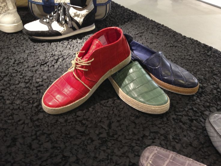 "Dami collection at #Pitti Uomo in #Florence. The spring/summer 2014 collection is divided into three different styles: Classical lace-up and buckle shoes, #sneakers ""Vintage"" and ""Trend"", #loafers and #sandals.  La collezione Dami a #Pitti Uomo.  La collezione primavera / estate 2014 è suddivisa in tre tipologie di prodotto: Classiche stringate e con fibbia, #Sneakers ""Vintage"" e ""Trend"", #Mocassini e #Sandali.  #crocodileshoes #menshoes 靴"