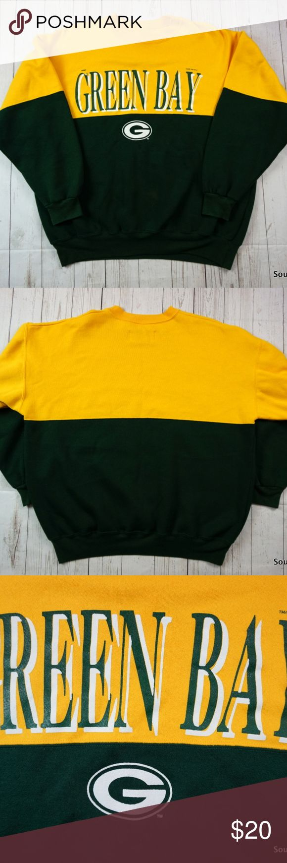 """90s Green Bay Packers Sweatshirt, Men's XL Vintage 90s Green Bay Packers Sweatshirt, Men's XL, Extra Large, Dodger, Wisconsin, NFL Football Sweatshirt, 90s Fashion, Packers Sweatshirt  Brand:      D Dodge Size:         Men's XL Color:       Green / Yellow  Material:   50% Cotton, 50% Polyester  Detailed Measurements: (Measured Laying Flat On Table)  Sleeves:                       22"""" inches Chest::                         25"""" inches Length:                         28"""" inches  Ships in 24 hrs…"""