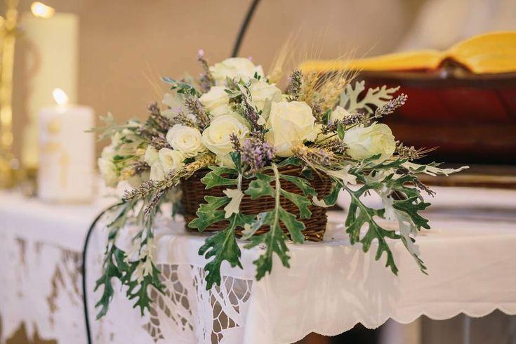 Wedding Centerpiece (roses, lavender, wheat); poročni aranžma (vrtnica, sivka, pšenica)