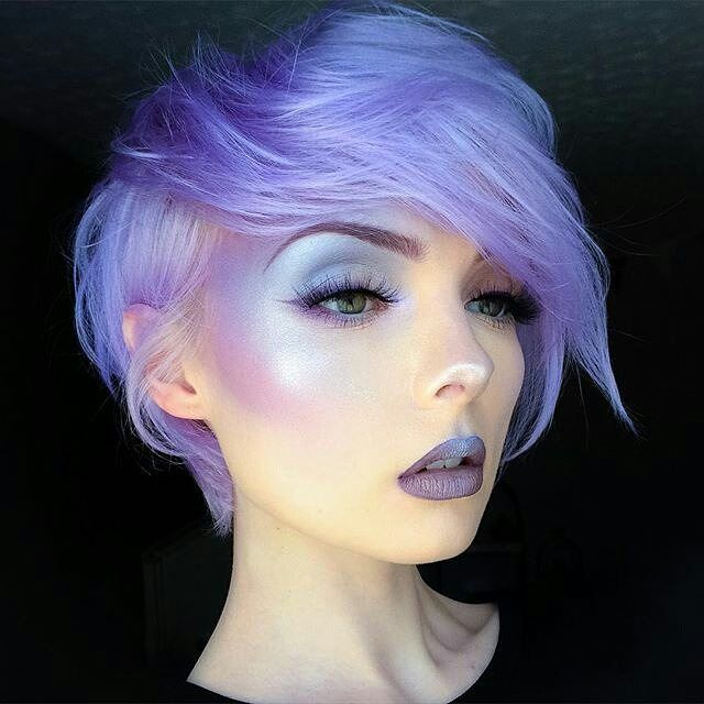 So ethereal! I love it! Do you?  repost from @beautsoup HAIR: @arcticfoxhaircolor 'Purple Rain' & 'Artic Mist'   BROWS/LINER/LIPS: @jeffreestarcosmetics #Scorpio CONTOUR: @illamasqua 'Inception' & 'Can Can' with @kikomilano High Pigment in '22'  HIGHLIGHT: @pheesmakeuptips 'Rainbow Highlight' Powder & @anastasiabeverlyhills 'Crushed Pearl'  LASHES: @seduiressentials in 'Rosalyn' ✌️