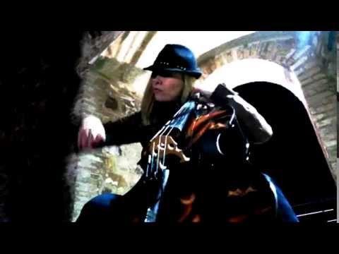 Natalina Cellina - Enter Sandman (Metallica cover)