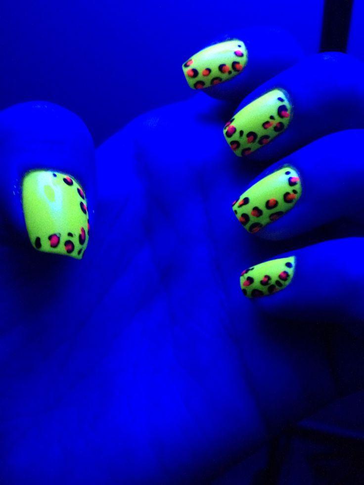 #nail #neon #nailart