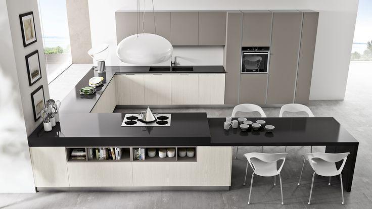 cucina moderna con penisola ad angolo