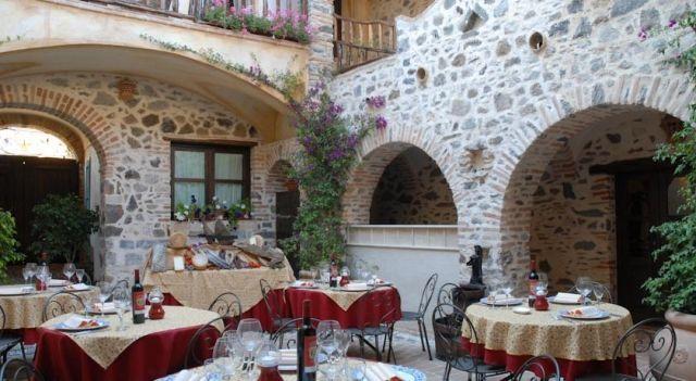 Hotel Anticos Palathos - 3 Sterne #Hotel - CHF 78 - #Hotels #Italien #Orosei http://www.justigo.ch/hotels/italy/orosei/anticos-palathos_151126.html
