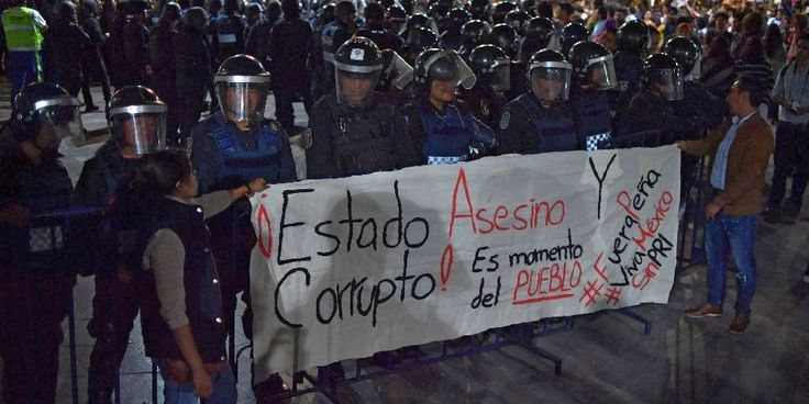"""Top News: """"MEXICO: Protesters To Enrique Pena Nieto: 'Resign Now'"""" - http://politicoscope.com/wp-content/uploads/2016/09/Thousands-of-people-protested-in-Mexico-City-demanding-that-President-Enrique-Pena-Nieto-resign-over-his-handling-of-drug-violence-corruption-and-his-meeting-with-Donald-Trump-790x395.jpg - Some shouted """"Pena out!"""" while one sign read: """"We're missing 43. State crime!""""  on Politicoscope - http://politicoscope.com/2016/09/16/mexico-protesters-to-enrique-pena-"""