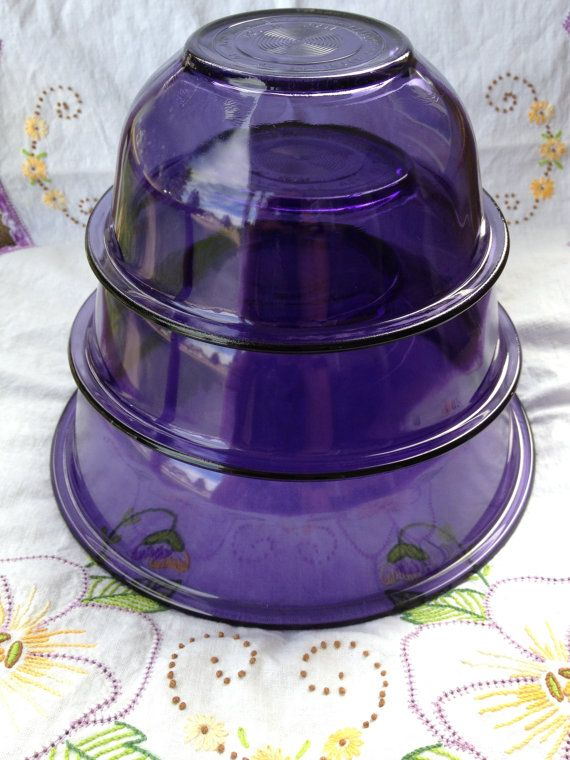 Vintage  Purple Pyrex Nesting Bowls. I bought two Pyrex purple pie plates for 2$ each at local thrift store. Pretty color!