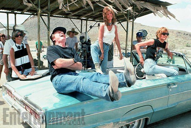 Happy 61st #GeenaDavis Director Ridley Scott, Susan Sarandon, and Geena Davis on the set of Thelma & Louise, 1991