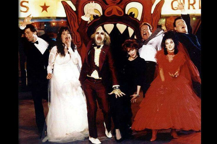 The Cast of Beetlejuice Hams it up