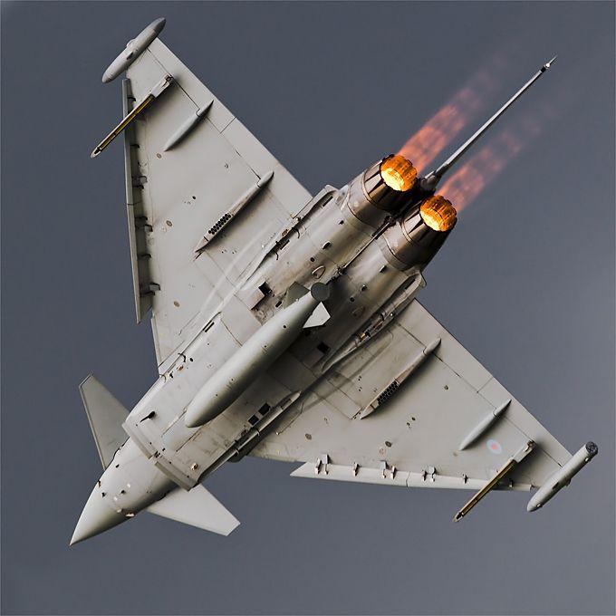 Eurofighter Typhoon on Air Tattoo 2009 By: Slawek Krajniewski