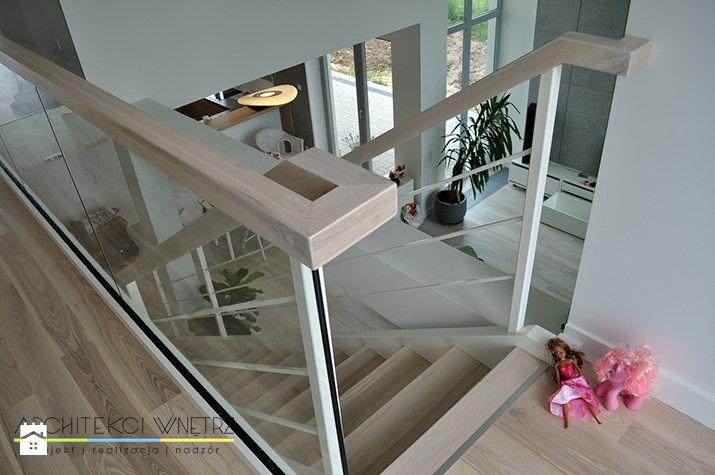 Schody / salon / kuchnia. - zdjęcie od Kunkiewicz Architekci - Schody - Kunkiewicz Architekci