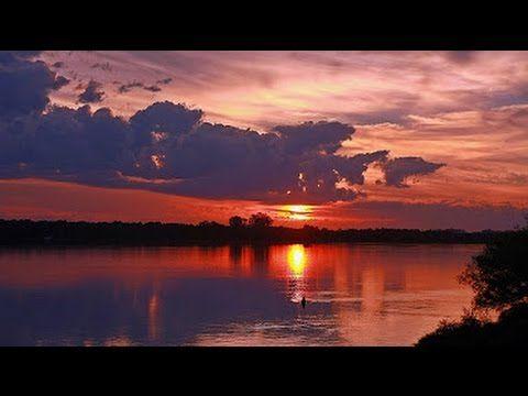 Frédéric Chopin - Prelude in E Minor [Op. 28 Nº 4] (1:06:44) - by MuxyToxy Classical Music | YouTube <3<3 ... #Chopsticks