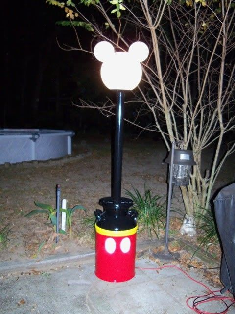 This will be outside our moho next time we go to Ft. Wilderness. Really. I have the lamp part made already.....