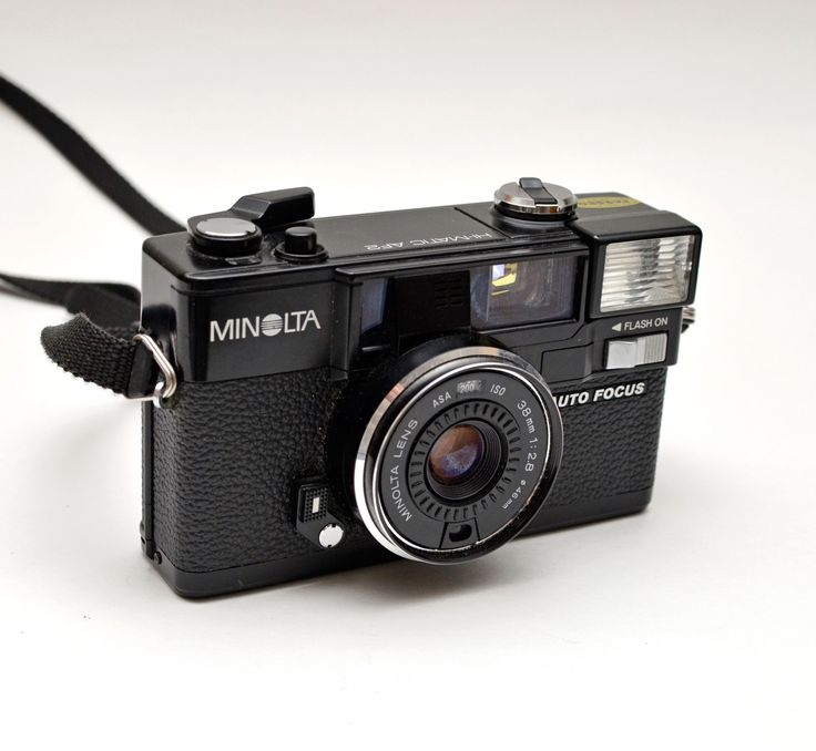 Minolta Hi-Matic AF2 Compact Point and Shoot 35mm Film Camera with Case Mint by vtgwoo on Etsy