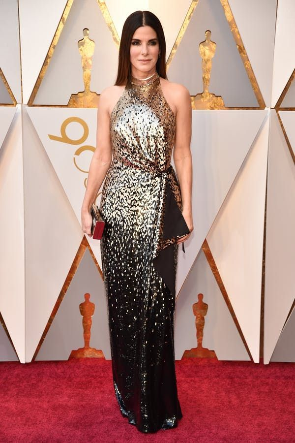 All the Best Red Carpet Looks from the 2018 Oscars #purewow #fashion #oscars