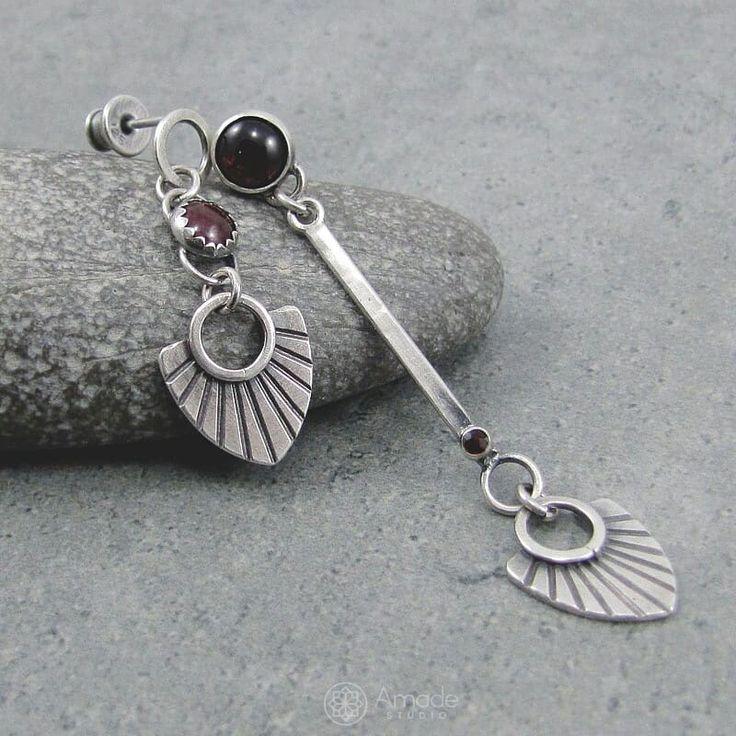 www.polandhandmade.pl -  Asymmetric earrings with garnet. - #polandhandmade #amadestudio #bohostyle #boho #gypsy #tribalstyle #tribal #silverjewelry #handmadejewelry #handmade #jewelrymaking