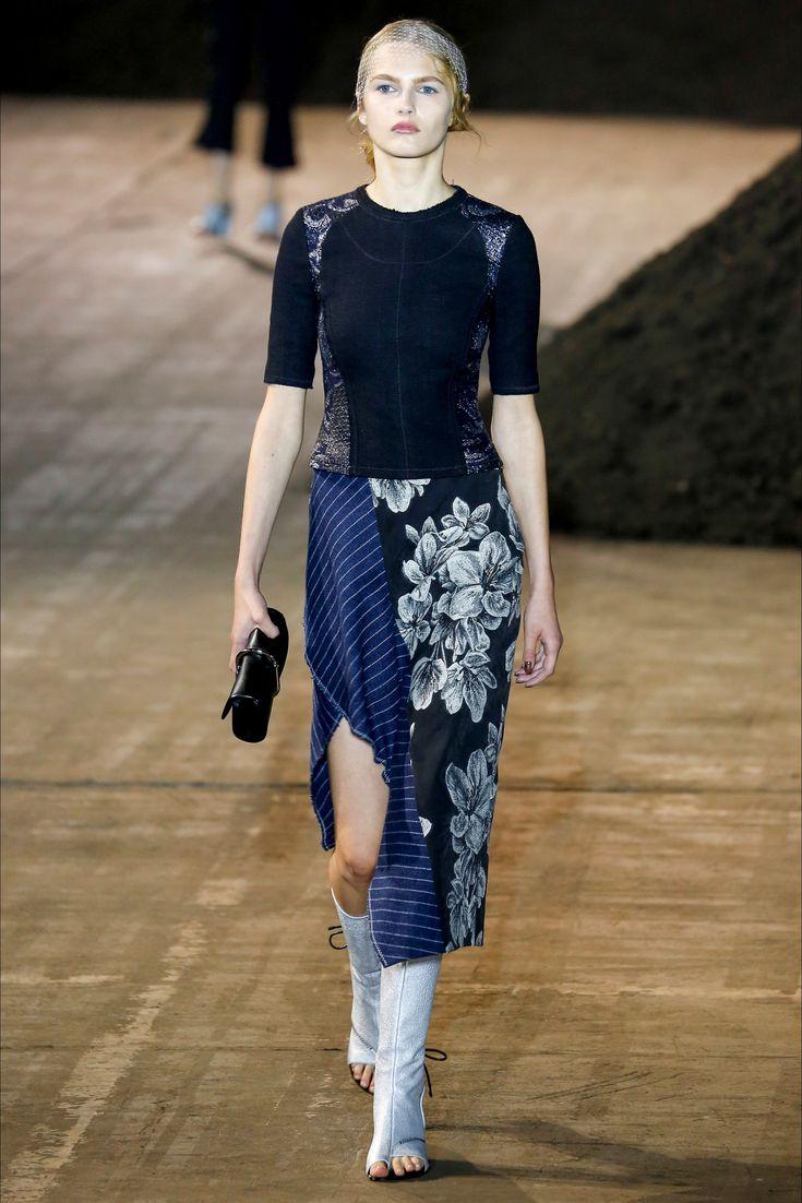 Sfilata 3.1 Phillip Lim New York - Collezioni Primavera Estate 2016 - Vogue