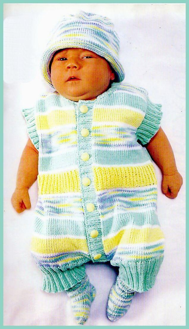 Желтое вязаное платье для новорожденных