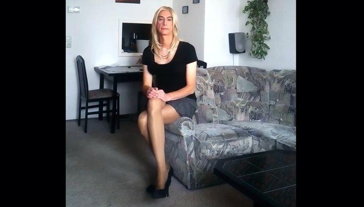 Crossdresser Wearing Pantyhose And High 61