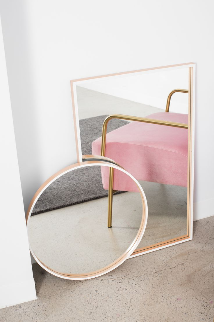 Deco / Home / Pink / Gold / Mirrors / Installation