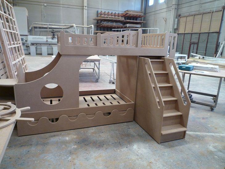 cama barco pirata en fabricación