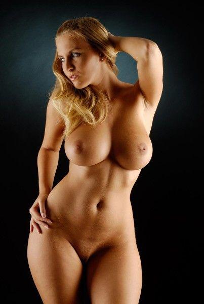 красивая голая грудь4 размера фото
