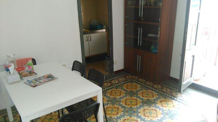 #Alquiler de #habitación individual #SantAndreu Fabra i Puig #Barcelona  Con derecho a cocina, baño y vestidor.  El piso está a dos minutos de metro y/o parada de bus.  Precio 280 euro + gastos (gas, luz, agua).