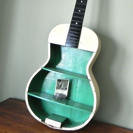Wish I didn't throw away my broken guitar, now I saw this.: Guitarshelf, Boys Rooms, Thrift Stores, Wall Shelves, Cool Ideas, Music Rooms, Kids Rooms, Electric Guitar, Guitar Shelf