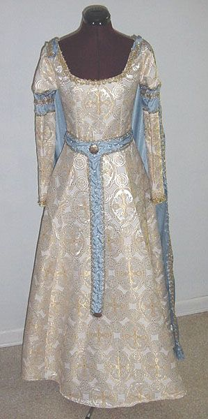 Gowns Pagan Wicca Witch:  Guenevere's Wedding.  #Gown.