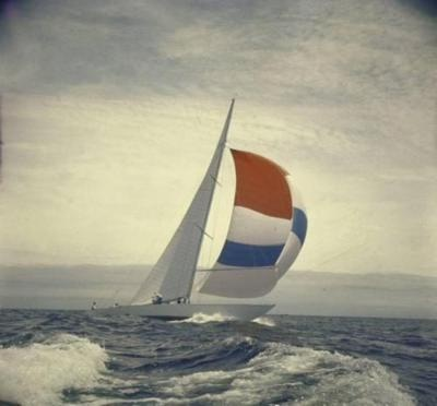 : Sailing Seas, Beautiful Sail, Sailboats Barche, Sail Boats, Sail Away, Boats Ships Cannons, Boats Ships Yachts, Sailing Boats