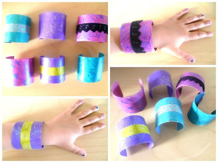 Bracelets en rouleaux de papier toilette