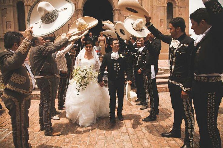 Mexicana sale de la escuela a mamar verga - 3 part 8