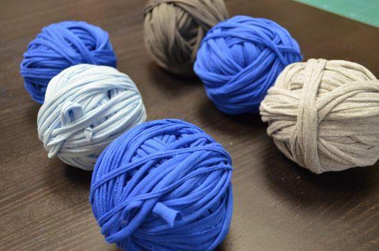 DIY T-shirt Yarn tutorial | crochet | Pinterest | T shirts ...