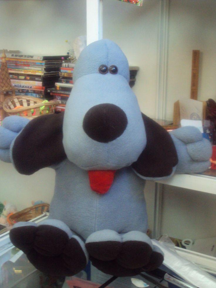 Моя работа.Собака-обнимака.С удовольствием выполню на заказ..цена 1200р+пересылка почтой.av147896@mail.ru