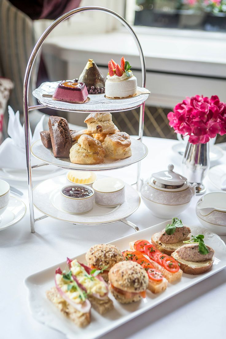 Afternoon Tea At The Shelbourne Hotel Dublin. Had a wonderful stay at this hotel for mother's day in 2014. Tea was a pleasant experience in the small lounge of the hotel.