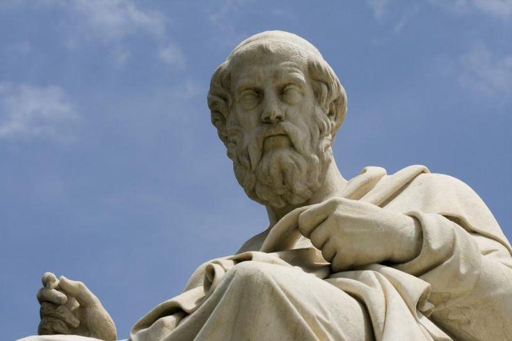 Platon își recunoaște greșelile, pe Twitter - Ethink.ro