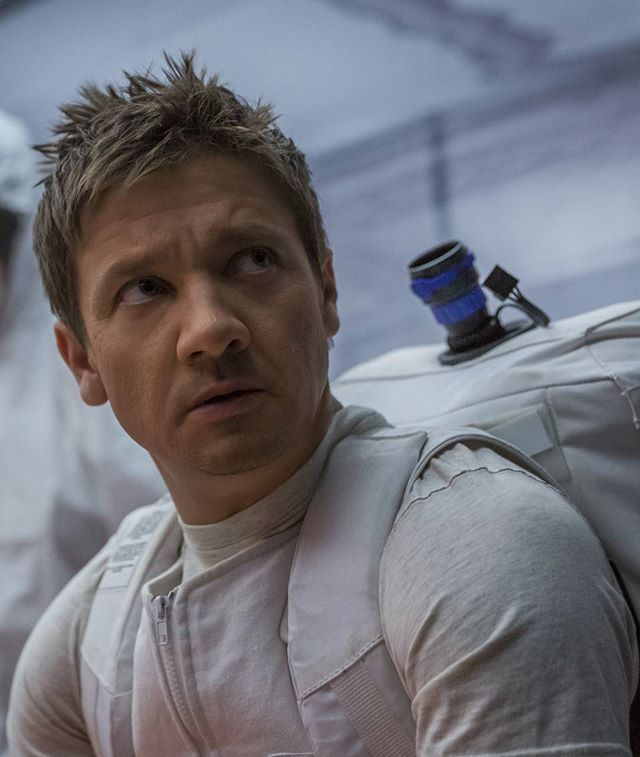 I don't know if I'll survive this film  source: comicbookmovie — #jeremyrenner #iandonnelly #arrivalmovie