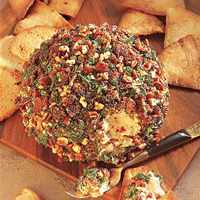 Bacon & CheeseBall Recipe - 1 pound bacon, 8 oz creamasoftened, 8 oz shredded cheddar cheese, 1/4 teaspoon onion powder, 1/8 teaspoon garlic powder, 1 teaspoon Worcestershire sauce, chopped nuts (I like pecans) Cook bacon; drain and crumble. Combine with rest of ingredients (except nuts) and form into ball. Roll in nuts.