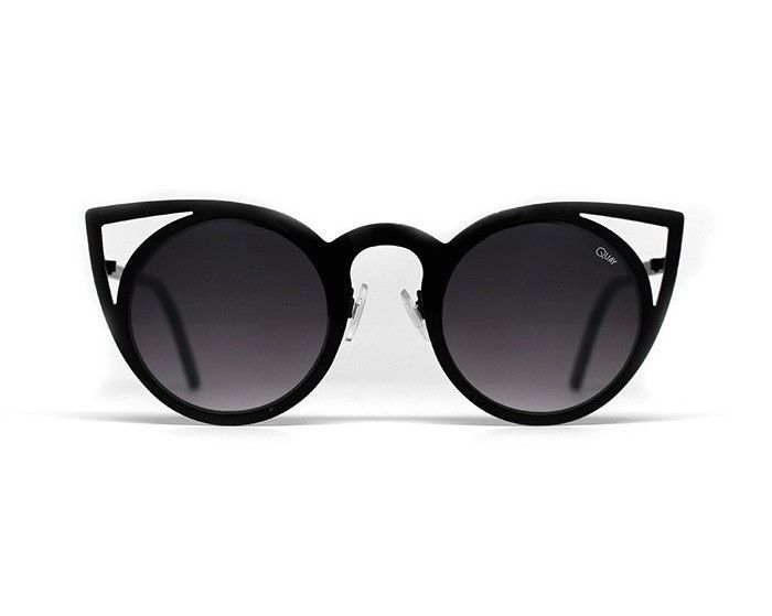 Summer chic never looked so good thanks to these edgy all-black sunglasses.