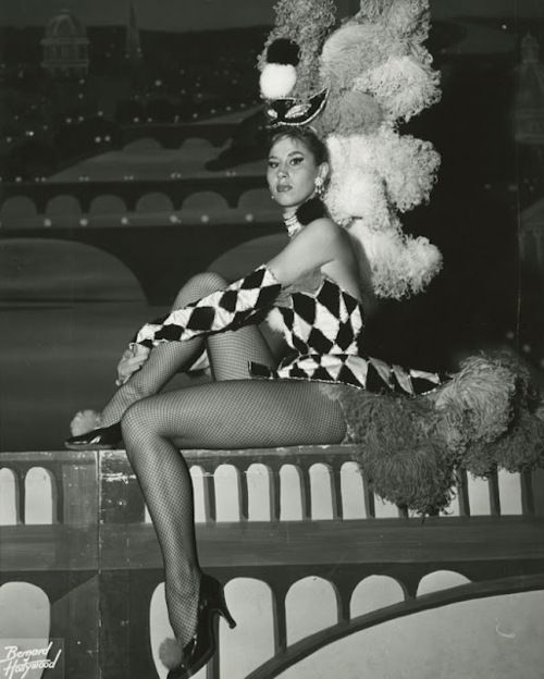 Showgirl, 1950s