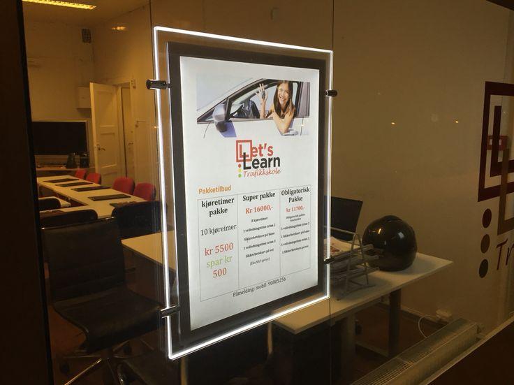 LED opplyste plakatrammer #ledskilt #ledplakater #ledframe #lysskilt #ledramme  http://www.foliexperten.no/skilt/