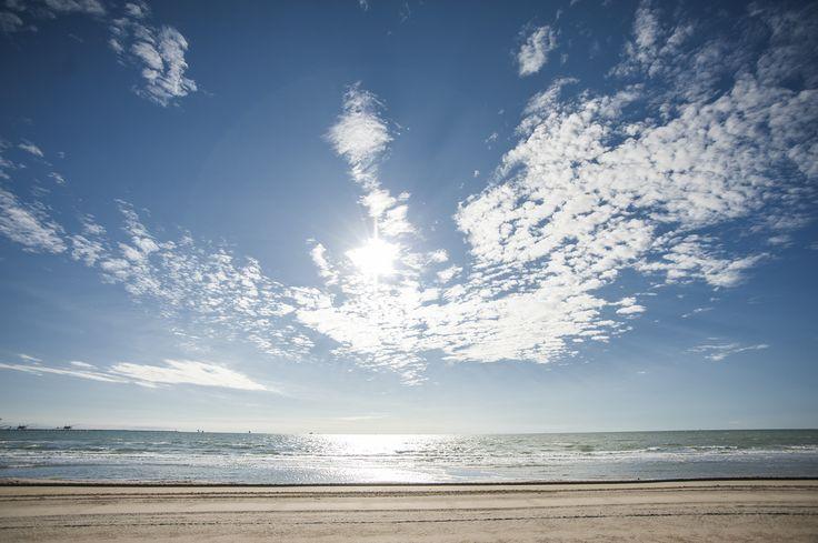 L'orizzonte visto dalla spiaggia di Marina di Ravenna. #sea