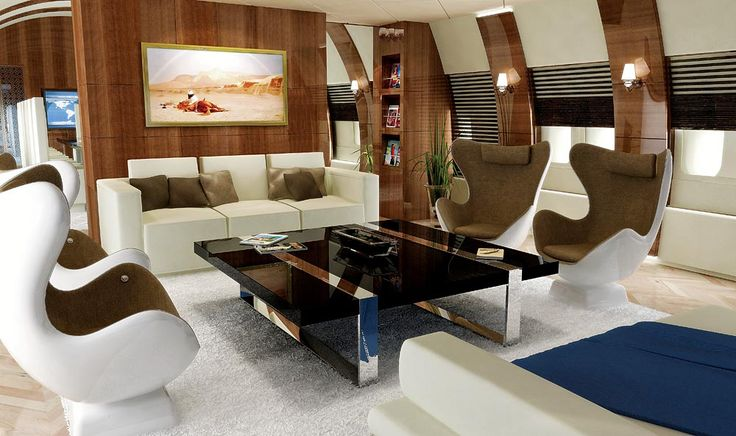 New York designer Edése Doret created the custom interior of this Boeing 747-400, which includes a main-deck lounge.