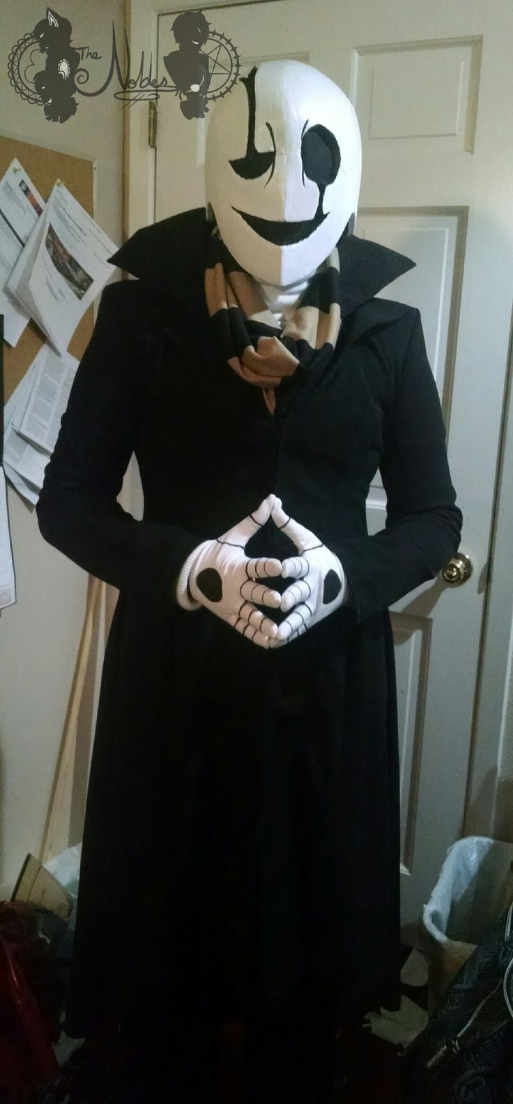 _cosplay__w_d__gaster_from_undertale__2016__by_noblebutlersebastian-da4d5f0.png (1024×2203)