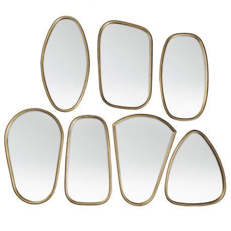 7 miroirs coordonnés au cadre doré par @brostecph  - Mur miroirs #deco_scandinave #salonscandinave #nordicdesign #homedecor