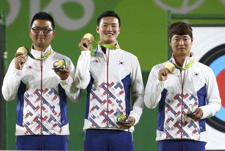 Archery men´s team gold medal match Olympic games 2016 | 2016 Rio Olympics - Archery - Final - Men's Team Gold Medal Match Sydkorea-USA 6-0. Guld Sydkorea, silver USA, brons Australien.