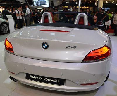 BMW Z4, Roadster Hi-Tech dengan Citarasa Klasik | MEN'S JOURNEY