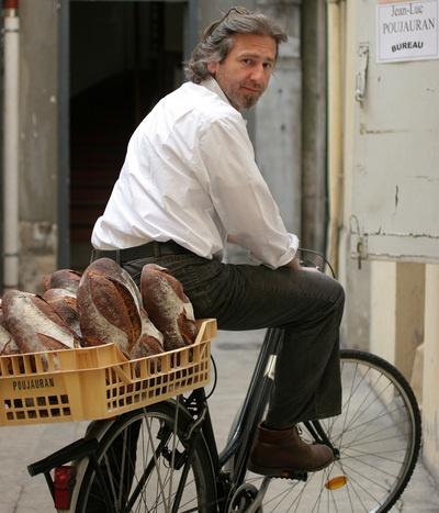 'La livraison de pain', Jean-Luc Poujauran, par Marina Gobet DR