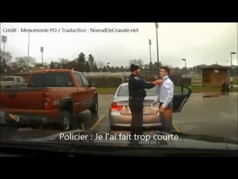 Un policier arrête un étudiant et ... lui fait son noeud de cravate