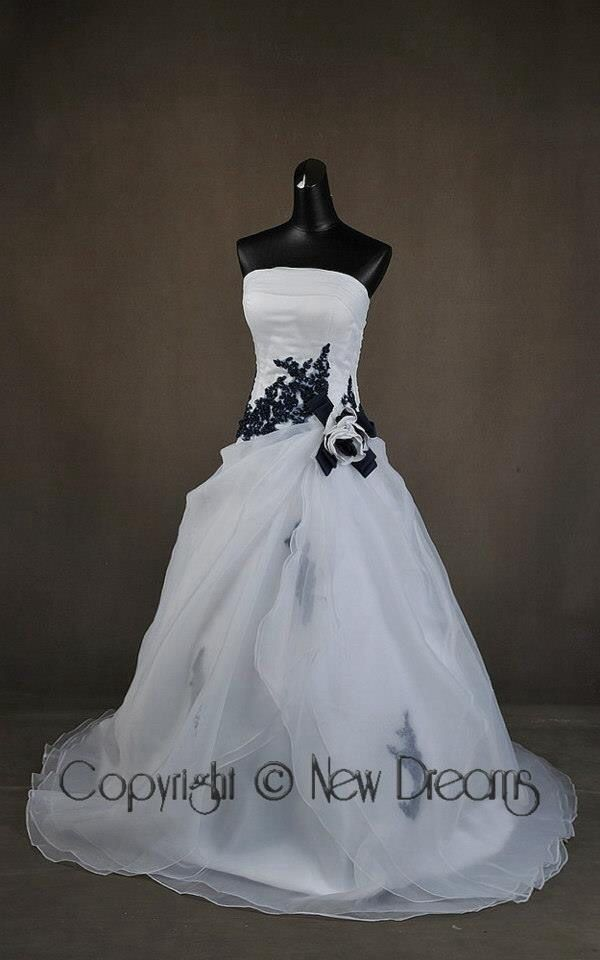 New style wedding dress white and blue from www.yournewdreams.com
